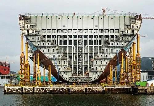 海运轮船舱内集装箱的系固规范